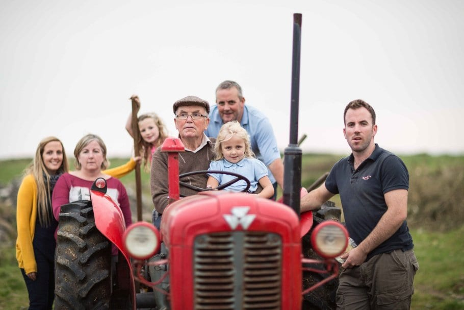 27/09/2013 Wild Irish Sea Veg, Caherrush, Spanish Point, Co Clare, Ireland. Four generations of the Talty Family, Michael Talty with Kayla Darcy (on the Tractor), Evan Talty (right) and (Back from left ) Allisha Talty, Eileen Talty, Ellie Talty and Gerard Talty harvesting Sea Veg on the Atlantic Coast at Caherrush, Co Clare, Ireland. Photograph by Eamon Ward